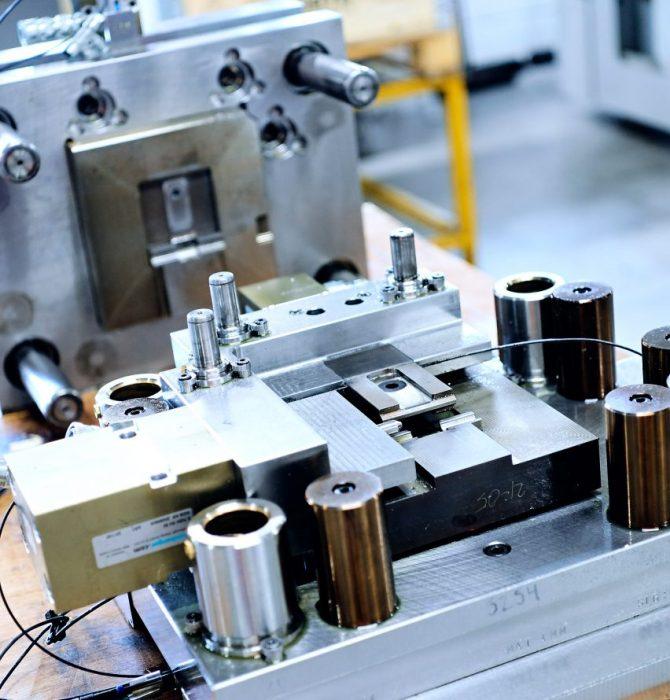 Værktøjsfremstilling - Hosta Industries A/S