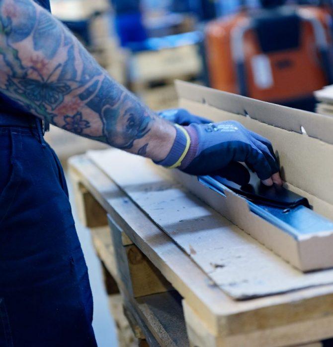Kundedefineret pakning - Hosta Industries A/S